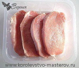Рецепт: Отбивные из свиной корейки на кости